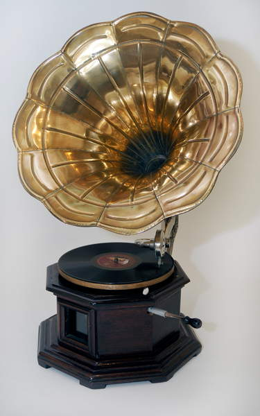 Early gramophone with large  Lebrecht Music Arts  Bridgeman Images  3778375