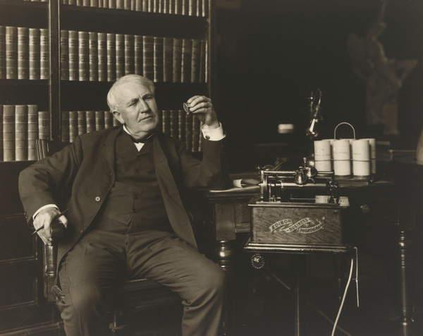 portrait photo of Thomas Alva Edison (1847-1931), 1907 (gelatin silver print), Pach Brothers (fl.1867-1947)  National Portrait Gallery, Smithsonian Institution, USA  Bridgeman Images 6380871