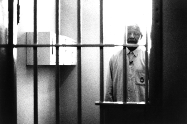 Nelson Mandela (1918-2013) South African lawyer who spent 26 years in jail for political reasons. He visit his former prison cell at Robben Island. Free in 1990, he became president of South Africa from 1994 to 1999, he get the Nobel Prize for Peace in 1993 © Everett Collection / Bridgeman Images