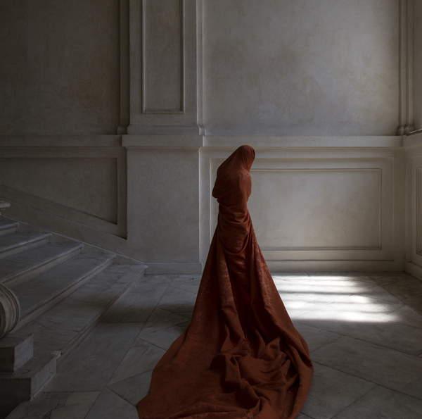 La Venaria and She I, 2018 (photo), Güler Ates (b.1977) / Private Collection / © Guler Ates / Bridgeman Images 5058780