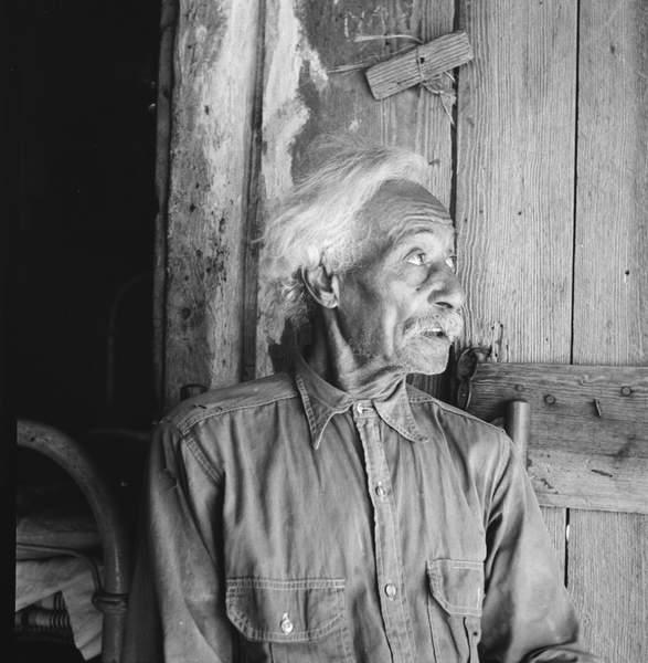 Texan Bob Lemmons, 1936 (bw photo), Lange, Dorothea (1895-1965)  Private Collection  Bridgeman Images
