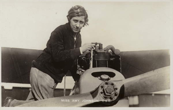 Amy Johnson, British aviator (bw photo), English Photographer, (20th century)  Private Collection  Look and Learn  Elgar Collection  Bridgeman Images