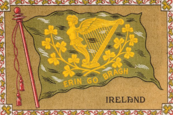 Tobacco premium depicting the national flag of Ireland, American, c.1900-14 (roller-printed cotton) / © The Design Library, New York, USA