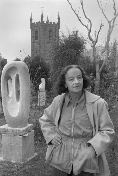 Barbara Hepworth in the Garden of her St. Ives Home, Cornwall, 1953 / Brian Seed
