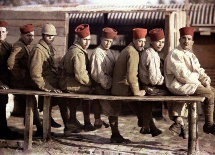 Group of Algerian soldiers following the retreat of the German army, Noyon, Oise, France, 1917 (autochrome), Cuville, Fernand (1887-1927) / © Galerie Bilderwelt