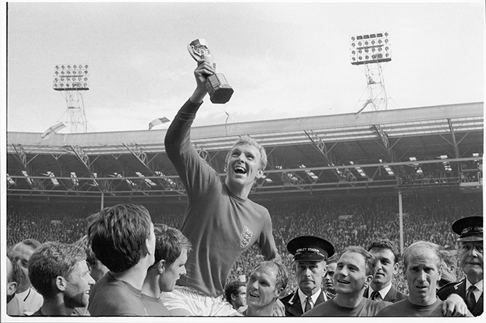 World Cup Final, 1966 (b/w photo) / Photo © Neil Libbert / Bridgeman Images